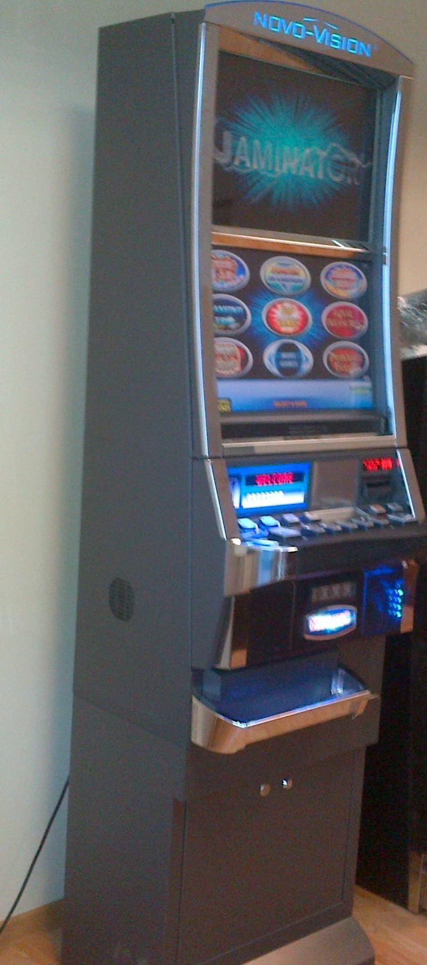 Азартные игры онлайн бесплатно пирамида