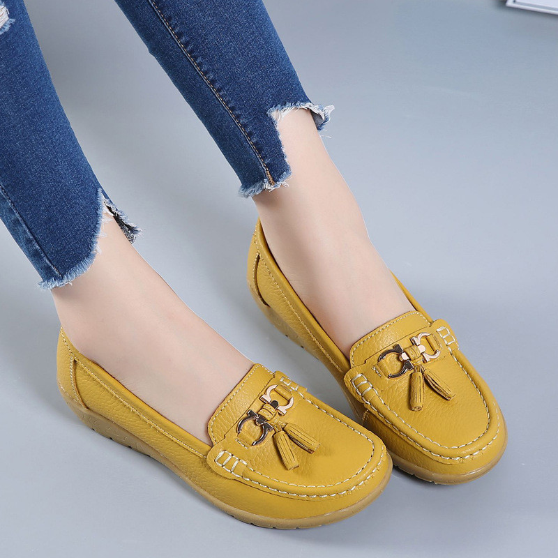 Leather Middle-aged Mum Shoe Women Peas Leather Soft-soled Slope Nurses Uniform Casual Shoes