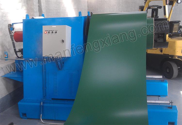 Professionelle rollenformende Fabrik, die gute Qualität Metallkeramikwandplatte glasiert, Dachpaneelfliesenherstellungsmaschine