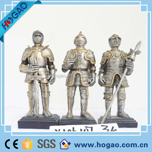 resin Roman soldier figurine bronze statue for desk decoration