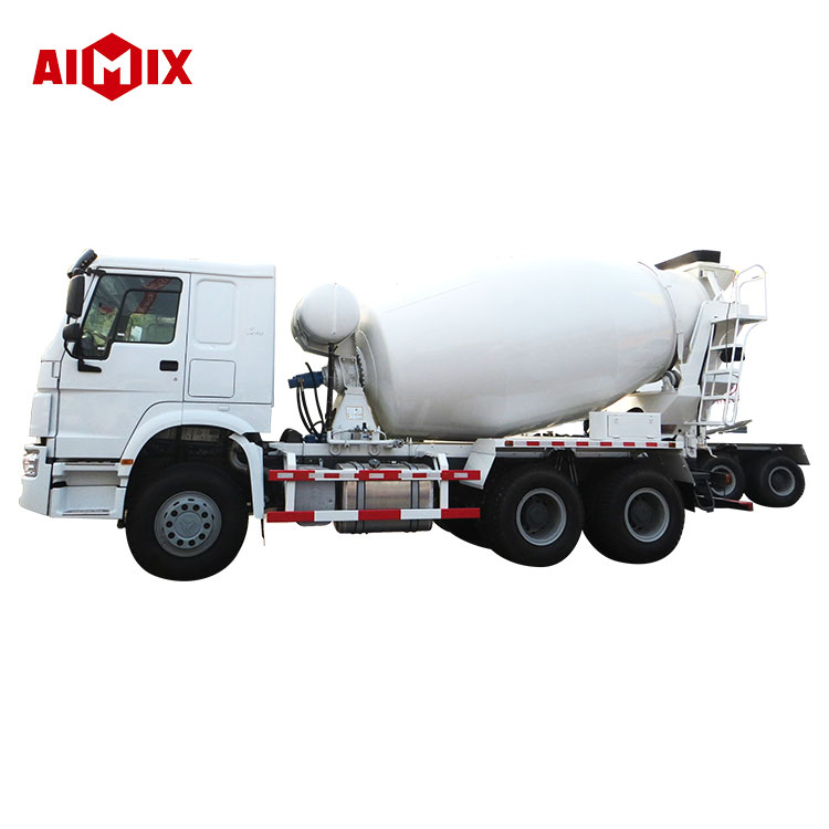 Volume 8m3 right hand 6*4 drive foton concrete mixer truck for sale