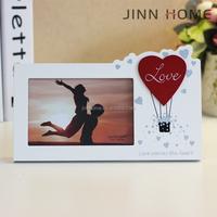 Jinnhome hotsale eco-friendly white color home decoration wooden Vertical heart shape romantic lover valentine photo frame