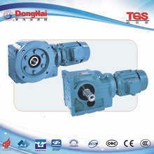 High heat-radiating efficiency helical worm gear speed reducer