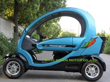 Small Electric Car Golf Green Smart