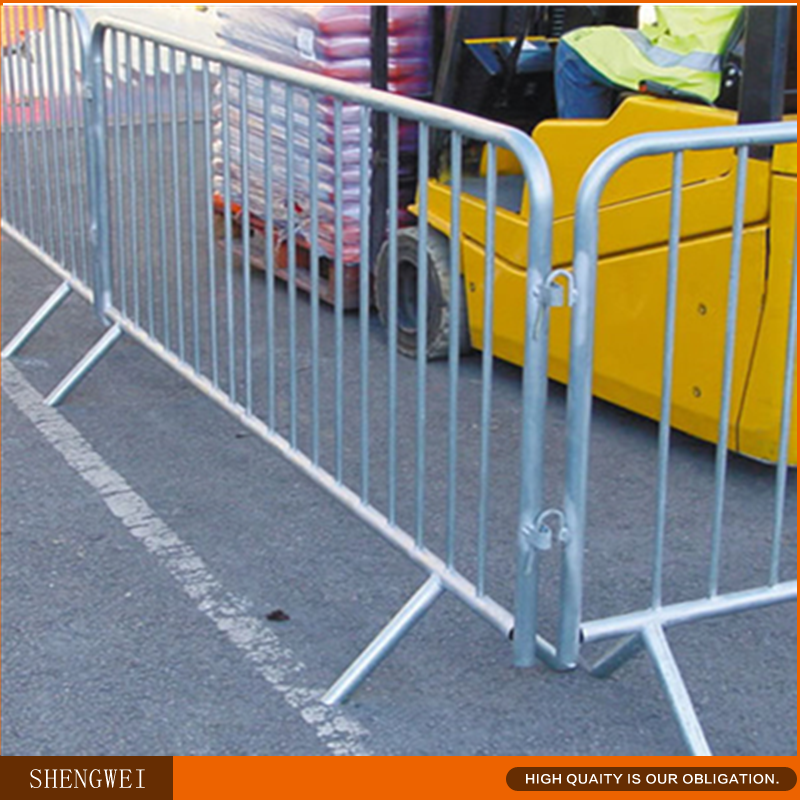 Size 2.1m*1.1m Convenient export special crowd control barriers