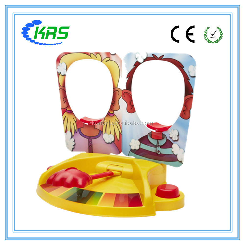 2017 Hot sale kids toy two player shasbro pie face showdown game