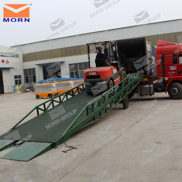 10 ton mobile hydraulic container unloading ramp platform