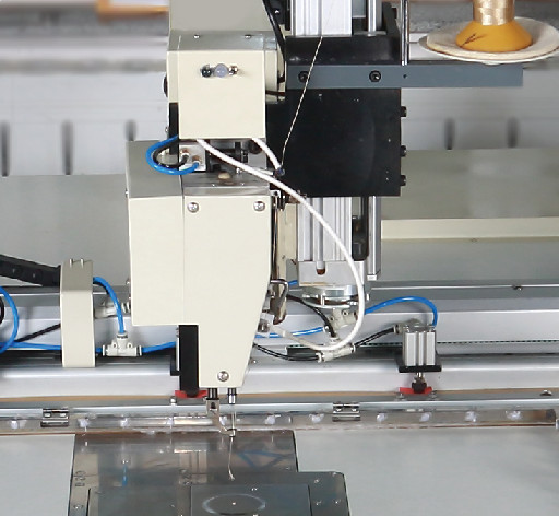 Industrial Automatic Sewing Machine With Head Lift Height5-15cm