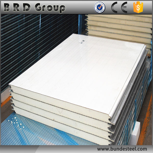 Low cost perfect isolation pu 25mm steel sandwich panel for wall