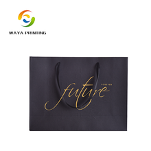 Shopping bag 100% recclable black paper hot stamping logo apparel packaging bags