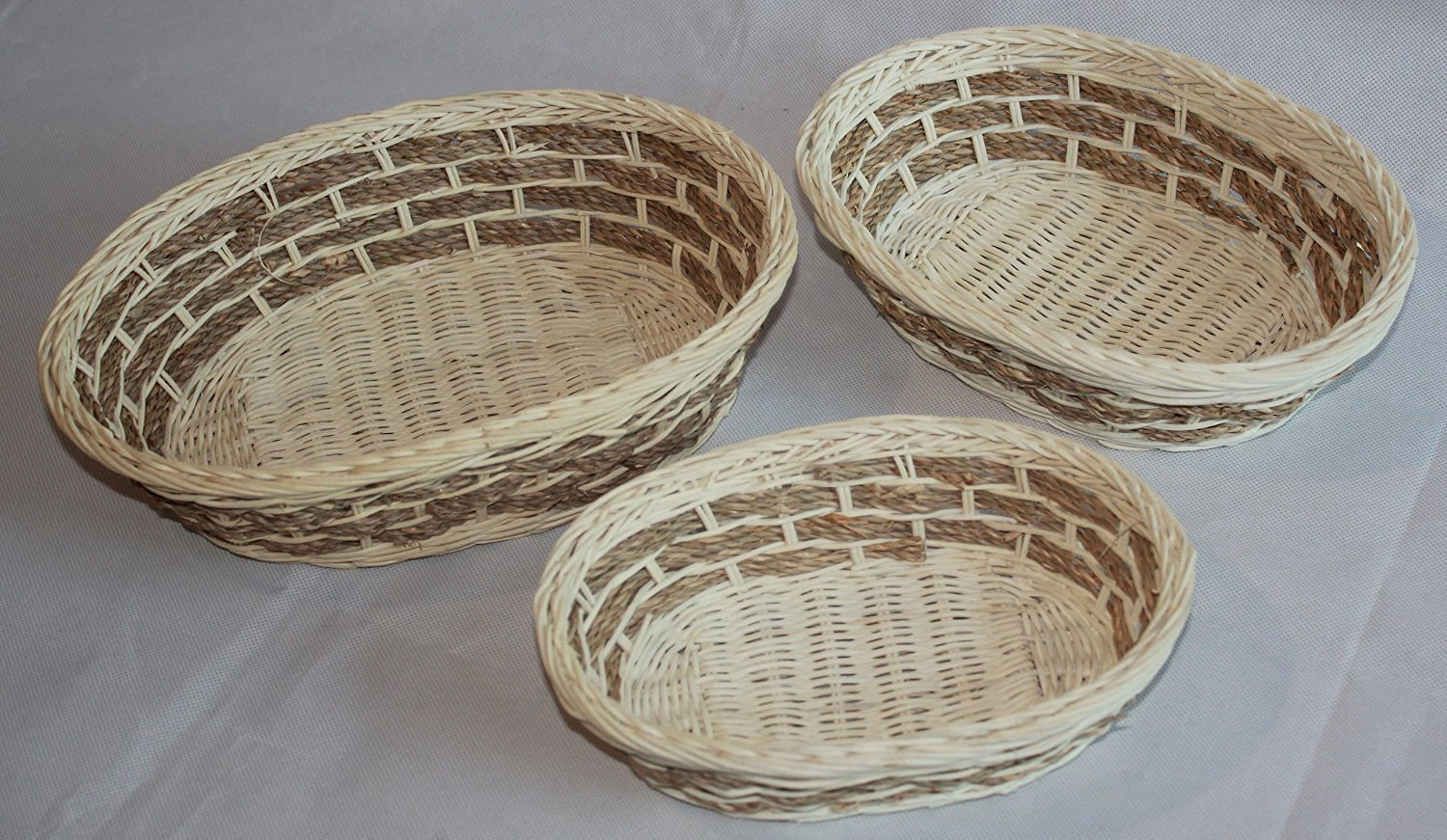 Set of 3 Spa Wicker/Rattan Bread or Storage Baskets Bins Containersin Cream and Brown Handmade By Kundum