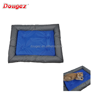 2018 New Eco-friendly waterproof pet chilly pat cushion dog Cool ice pad large kennel Cat pet summer cooling mat / bed