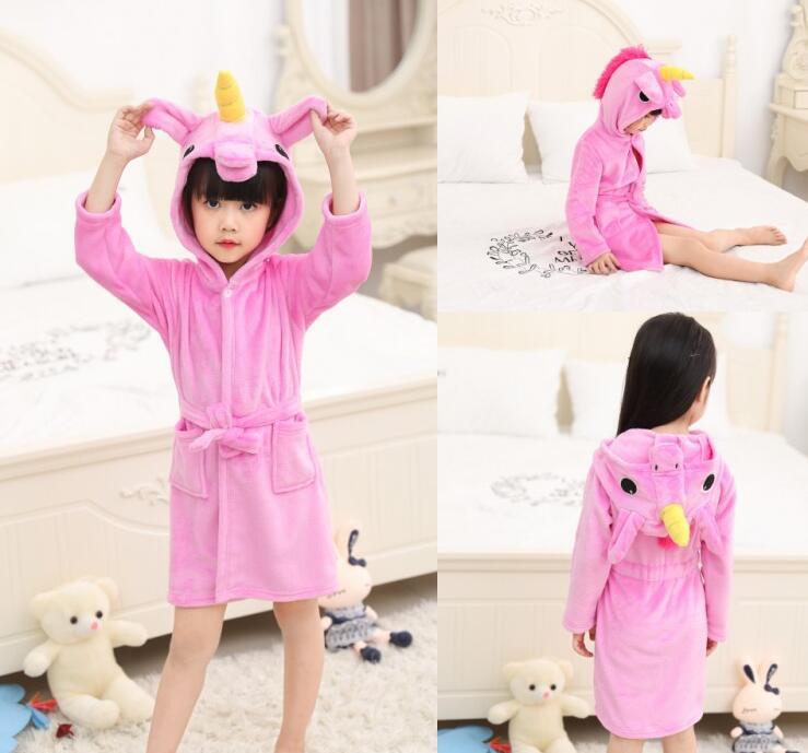 d2a58159b Lindo bebé batas de baño para niñas pijamas de los niños Arco Iris  unicornio patrón con