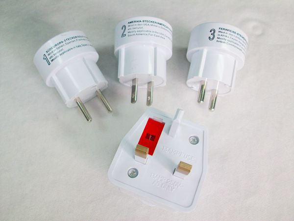 Fashionable Holiday Gifts All in One Universal International USB Travel Adapter with AU US UK EU Plug