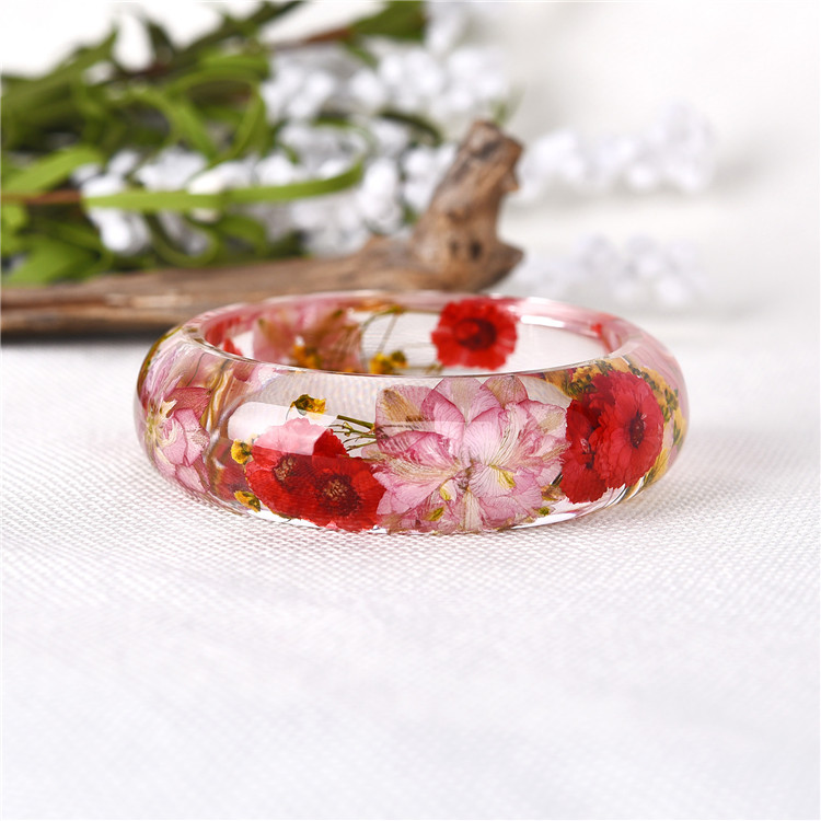 2018 Colorful flower fashion clear  transparent dried real flower bangle for lady gifts