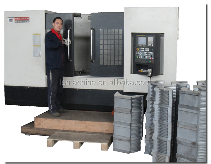 Plastic Extrusion die head and aluminum mold for Double wall corrugated pipe.