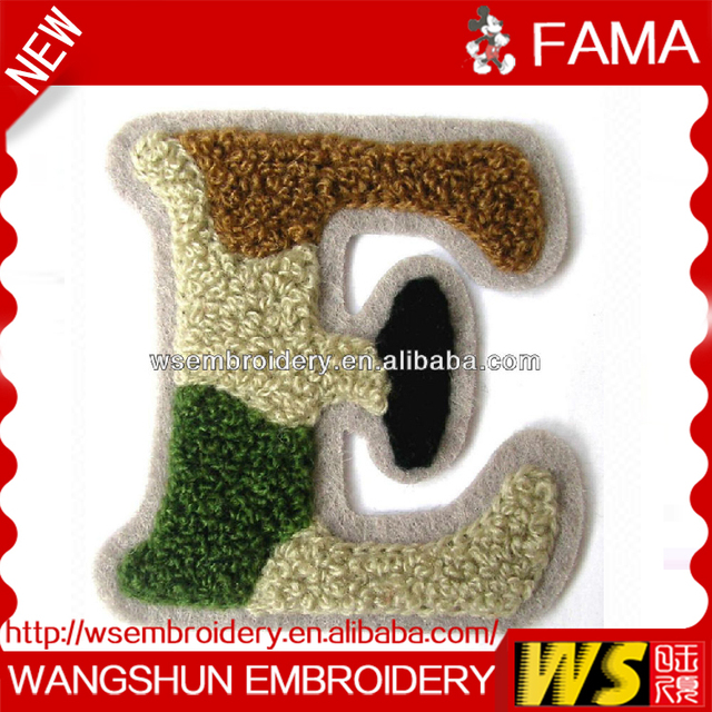 2016 Wholesale Cheap Custom Beautiful Letter Chenille Embroidery Embroidered Patches