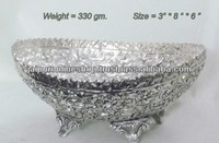 Decorative Fruit Bowl / White Metal Oval Fruit Bowl - Buy White ...
