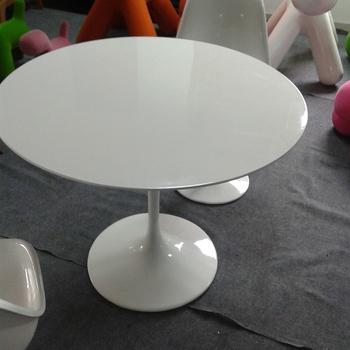 Eettafel Modern Wit.Modern Wit Zwart Eero Saarinen Tulip Eettafel Buy Tulp Tafel Wit