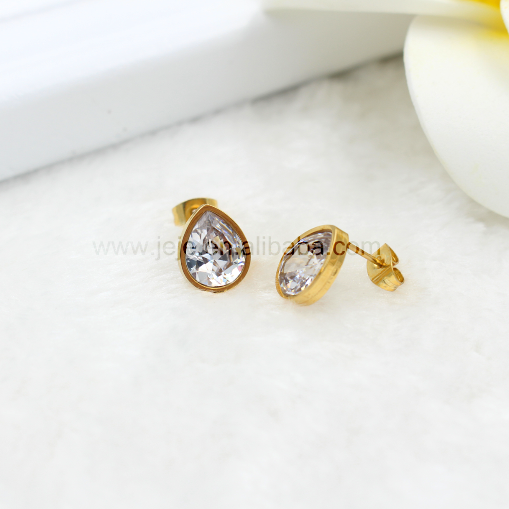 mainye gold large princess stud yellow diamond earrings studs round cut