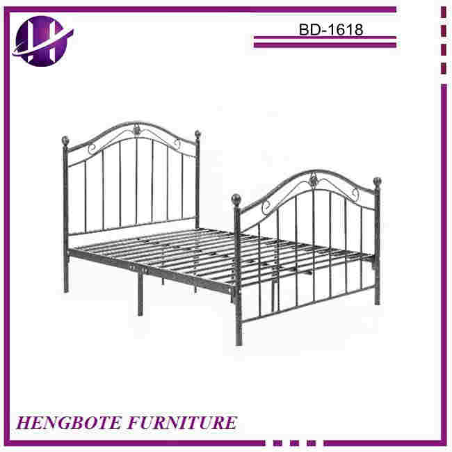 New design discount European style high headboard beds living room decorative wrought iron queen size metal bed