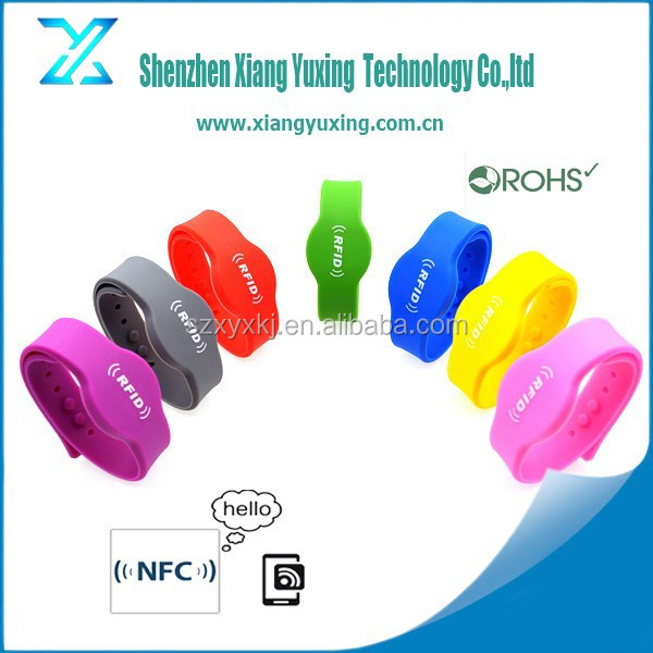 13.56mhz cashless payment ntag213 NFC silicone bands adjustable wristbands