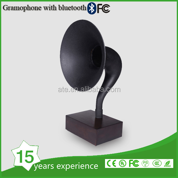 Antique wood design bluetooth gramophone speaker with brass horn
