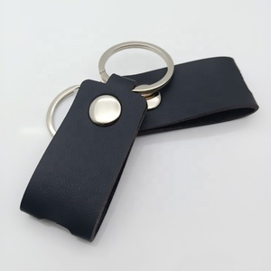 Fashion car key chain black genuine leather keychain accessories for promotion custom logo