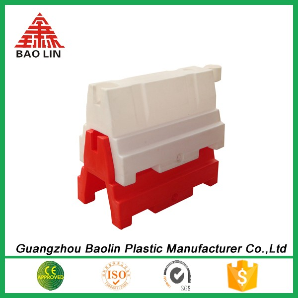 Good quality Water filled plastic access road fence barrier gate different size for us