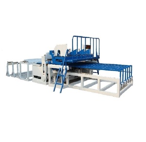 Reinforcing mesh welding machine for construction