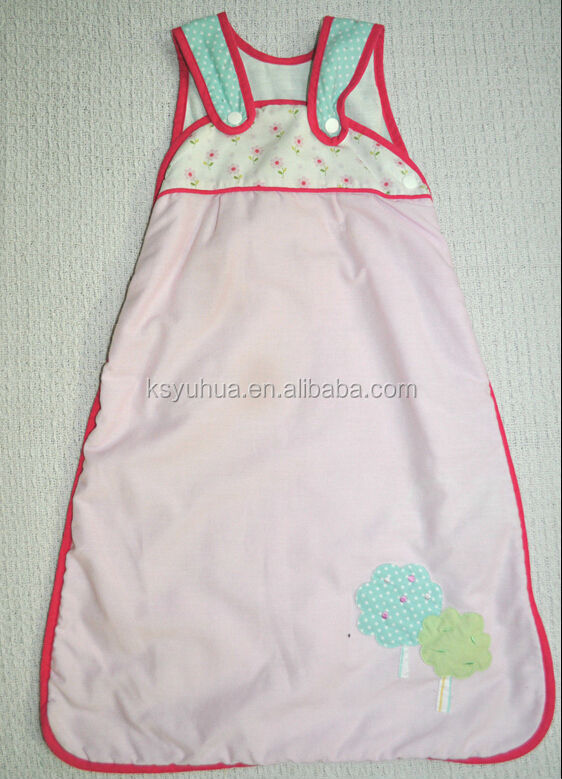 Girls Pink Trim Baby Sleeping Bag Age 0-6 Months From 1.0 Tog
