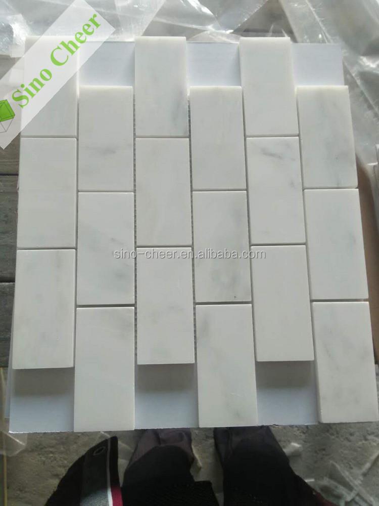 Carrara wit carrera marmer italiaanse visgraat moza ek 1 x 3 gepolijste tegel buy product on - Douche italiaanse foto ...