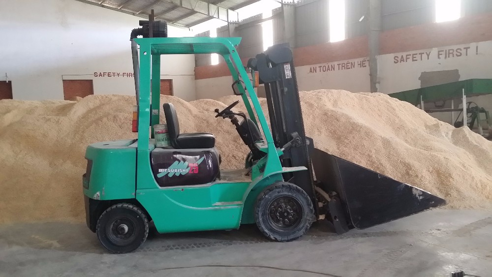High Quality 100% Pine Wood Pellet - Buy Wood Pellet,Pine ...
