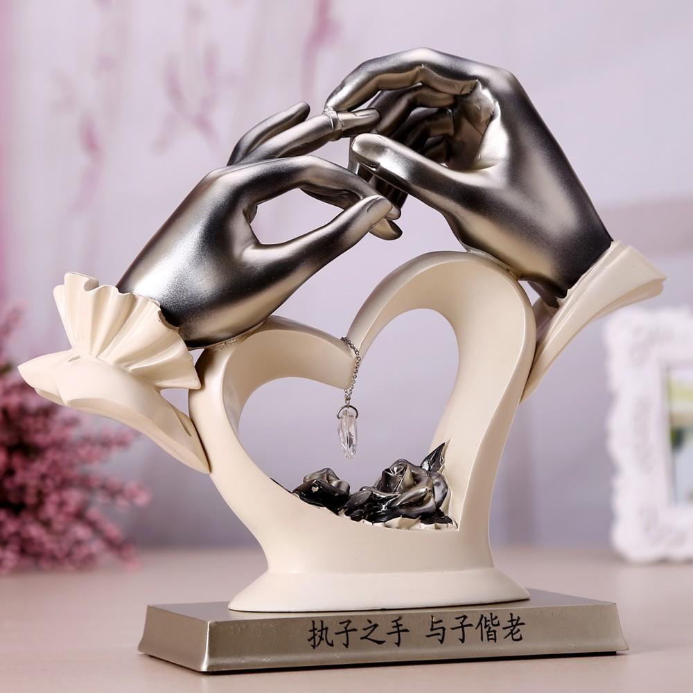 Buy Decorations,Love Statue