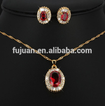 Simple But Good Taste Ruby Crystal And Zircon 18k Gold Wedding Jewellery Designs
