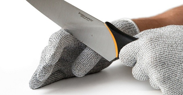 Can Protective Gloves Touch Glass