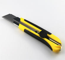 Heavy Duty Plastic 25mm snap blade utility knife