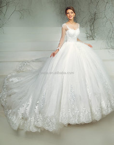 New Wedding Dress Ball gowns Lace Appliques wedding dress Long Tail