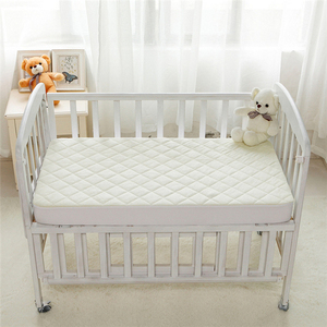 Baby Waterproof Bed Bug Crib Quilted Bamboo Mattress Cover Protector