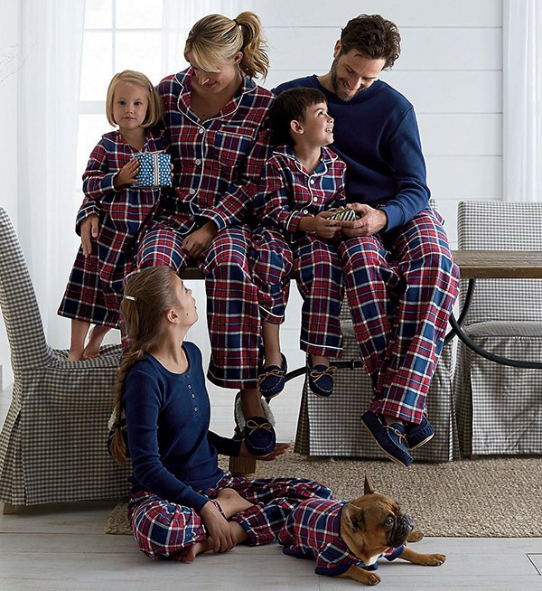 2018 Latest Design Warm Old Fashion Family Wholesale Sleep Wear organic flannel pajamas