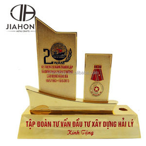 custom latest ship souvenir gold plating cup trophy from manufacturer