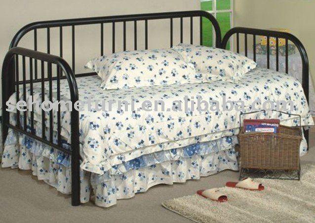 metall tagesbett metalbett produkt id 289949440. Black Bedroom Furniture Sets. Home Design Ideas