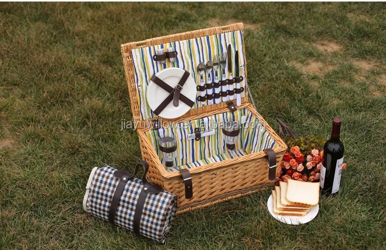 wholesale handmade foldable picnic basket	wicker picnic basket with lid for 2 person