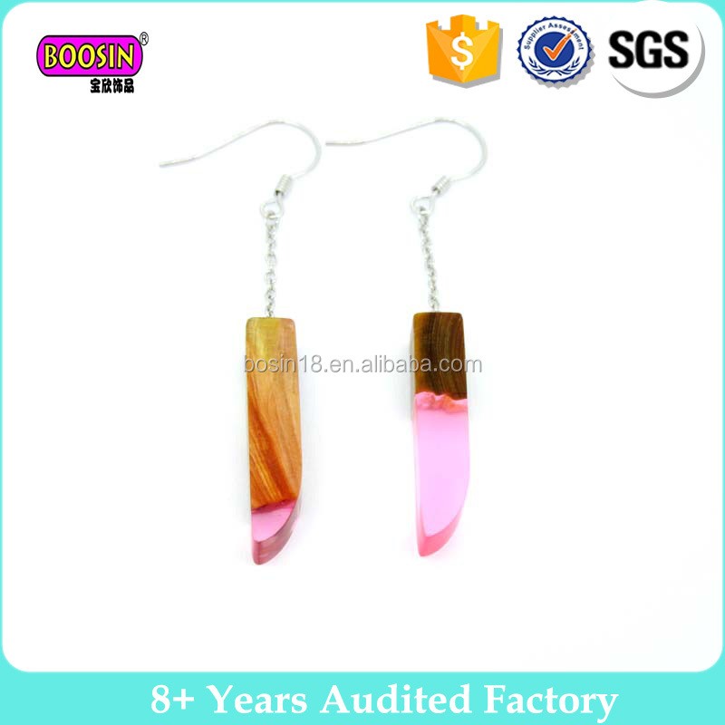 2017 New resin wood earrings