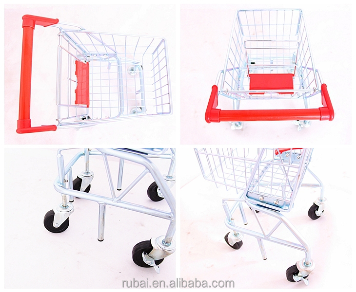 Realistic type shopping carts with wheels