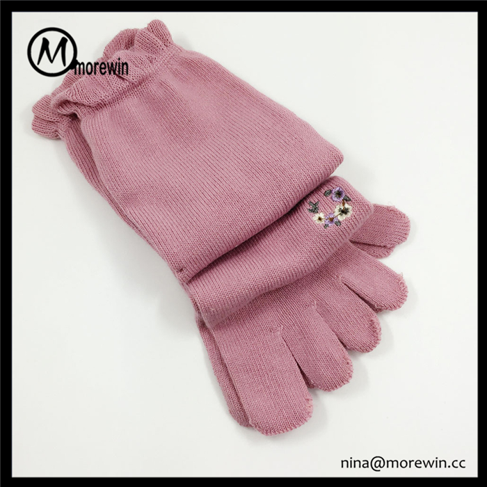 2016 Morewin Custom Embroidery Flawer Girls' Pink Toe Socks Women Pure Color Five Toe Five Fingers Socks