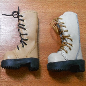 Logo engraved 33mm toy boots,for Blythe Doll.