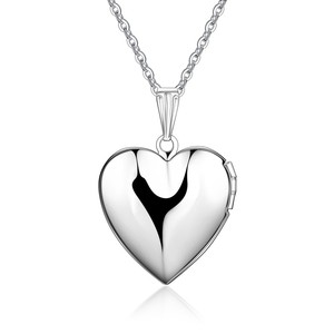 Hoyoo 2019 new stainless steelcustom pendant name personalised silver color heart locket necklace women jewelry for gift