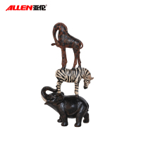 Indoor Resin Decorative figurine Pyramid shape standing Elephant Zebra Giraffe statues