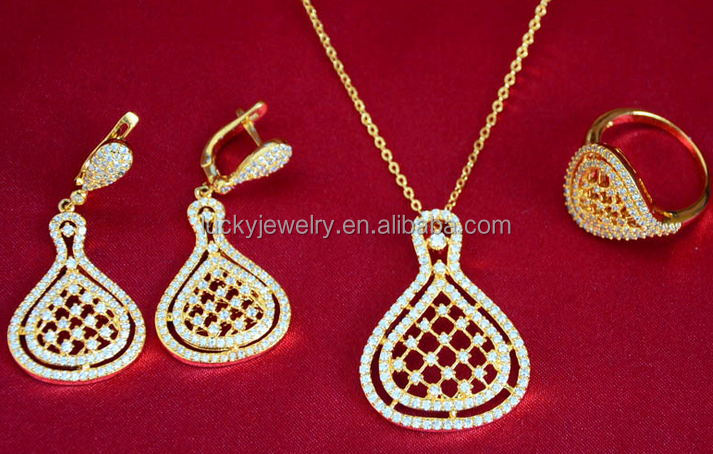 Stunning Zircon Stones Stylish Korean Model Hot Selling Drop Crystal Earrings Necklace in Jewelry Set for Weeding Party